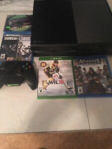 Xbox one avec rainbox six siege et 3 autres jeux