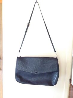 Zara basic medium size shoulder bag Chapel Hill Brisbane North West Preview