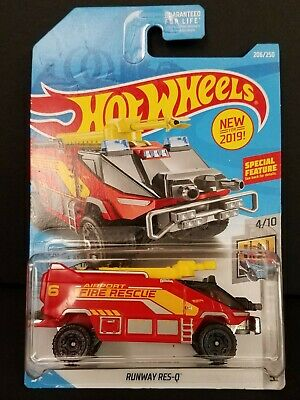 New 2019 Hot Wheels 206/250 RUNWAY RES-Q HW METRO Series 4/10 ~ Box Ship Free
