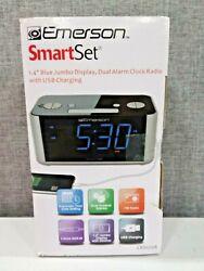 Emerson SmartSet Alarm Clock Radio, USB port for iPhone/iPad/iPod/Android/