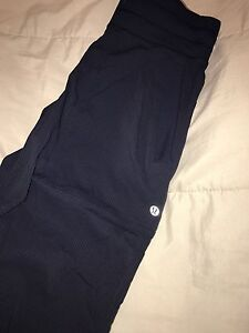 Lululemon studio pants size 2 still have tags