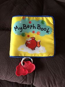 Bundle of new pack of Bath toys and used Bath book Werrington Penrith Area Preview