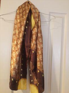 Louis Vuitton scarf Prospect Prospect Area Preview