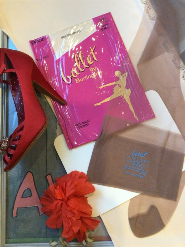 "vintage nylon stockings - BALLET - 474 Needle 15 den flat - 10 LONG 35"""