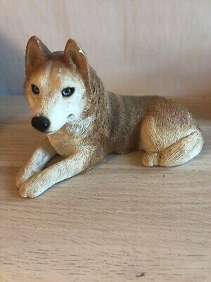 HUSKY black white blue eye puppy TiNY FIGURINE Dog MINIATURE Mini Resin Statue