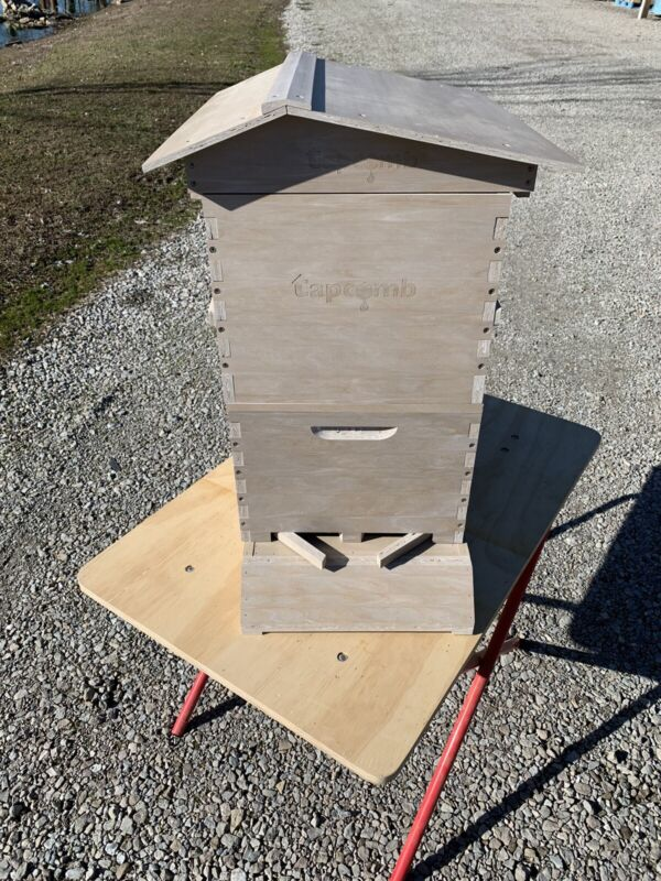 Bee Hive Complete Honey Flow System made form Composite Materials