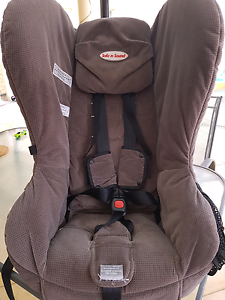 Safe and Sound Baby Car Seat - birth - 4yrs Rostrevor Campbelltown Area Preview