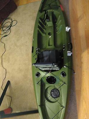 "10'2"" Future Beach Idea Angler's Kayak. Includes various accessories"