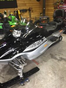 Like new 2008 arctic cat panther 370 touring low km