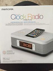Memorex MI4703P 30-pin Dual Alarm Clock Radio for iPod and iPhone white