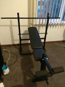 Bench press / weight bench