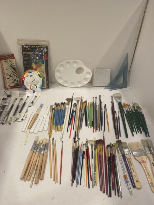 Mixed Assorment Artist Paint Brushes Lot Of Over 100 Mostly vintage