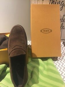 Tod'd Size 8 men's shoes