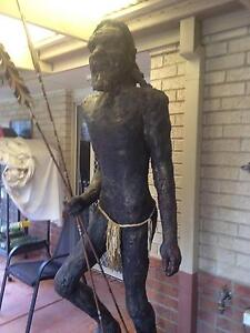 GIANT VINTAGE ABORIGINAL MAN STATUE - 1972 Upper Coomera Gold Coast North Preview