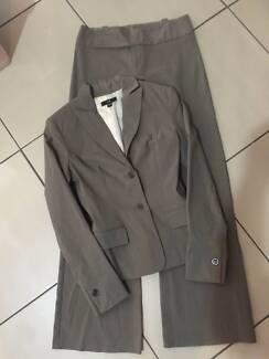 Cue Jacket & Pants Set Size 8 VGC