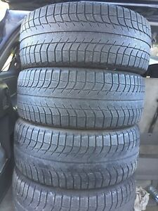 4-245/45R19 Michelin X-ICE Studless