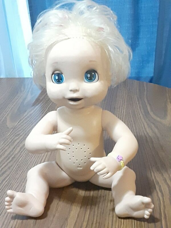 HASBRO~BABY ALIVE SOFT FACE DOLL~2006~INTERACTIVE WORKS