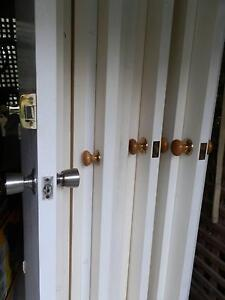 22 x  HOUSEHOLD DOORS GOOD CONDITION Jilliby Wyong Area Preview