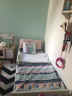 KRITTER childrens bed frame IKEA + mattress