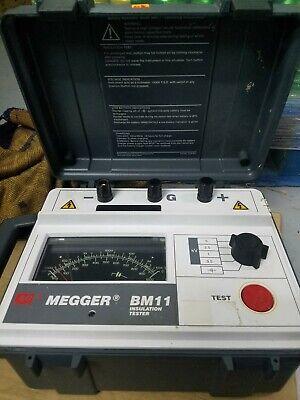 Avo Megger Bm11 Insulation Tester