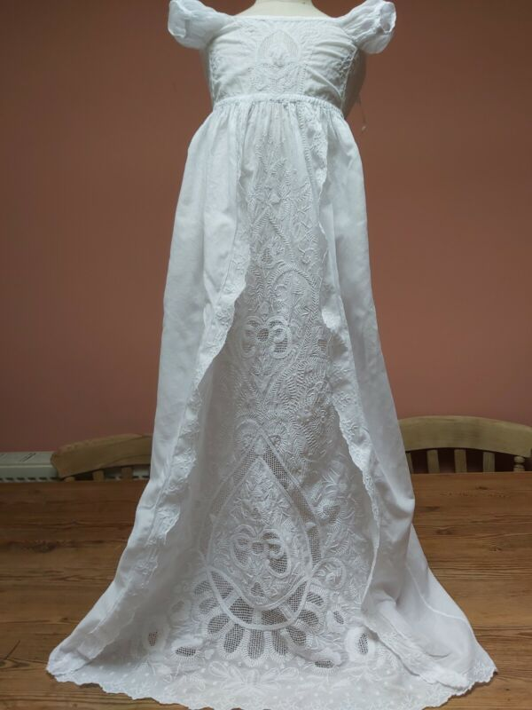 ANTIQUE CHRISTENING GOWN CHIKAN HAND EMBROIDERY FINE WHITE COTTON BABY DRESS VIN