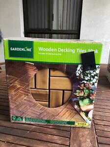 Gardenline Wooden Decking Tiles 10 pack Incl interlocking tiles