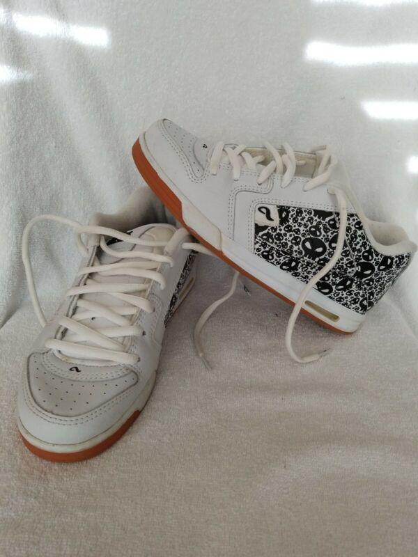RARE Bam Margera Adio V3 Skateboarding Shoes Size 7.5 Limited Skull White