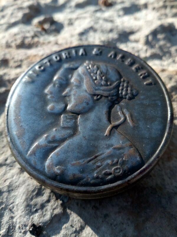 Queen Victoria Prince Albert Royal Wedding Tin c.1840