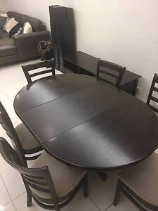 4 to 6 seater Dining Table Hamilton Brisbane North East Preview