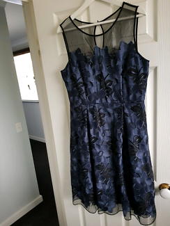 Midnight blue cocktail/ evening  dress size 14. JACQUI E
