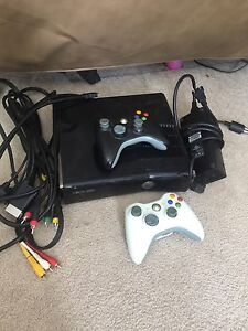 Xbox 360 250gig with wifi & 14games