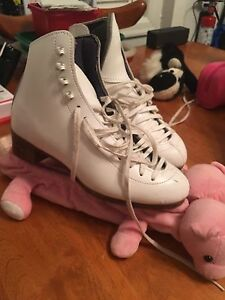 High Quality Figure Skates Size 6