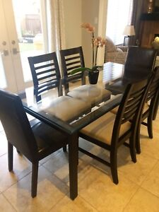 Modern glass and metal dining table - Chair Source