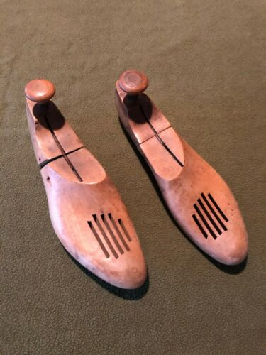 Vintage Walk-over Cobbler Wooden Shoe Tree Stretcher Molds 9 2
