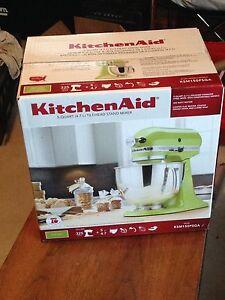 KitchenAid Stand Mixer BRAND NEW