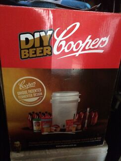 Home Brewing kit + extras  Kallangur Pine Rivers Area Preview