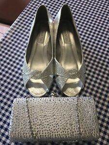 Beautiful shoes and handbag perfect for a wedding