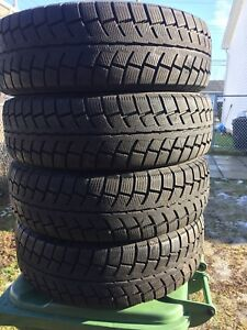 p225/70/16 inch Winter Tires / LOTS OF TREAD / GOOD DEAL