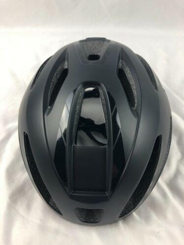 Giant Strive Helmet SIZE Medium Flat Black (1e)