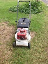 4 stroke briggs & Stratton lawn mower! Charmhaven Wyong Area Preview