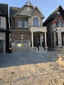 KLIENBURG..PRESIGE AREA! BRAND NEW UPSCALE DETACHED HOME!