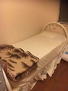 Single beds Melbourne CBD Melbourne City Preview