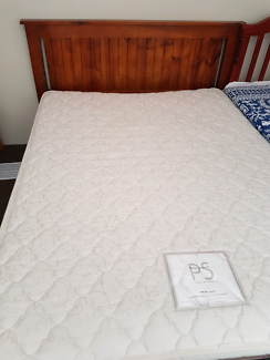 Double bed and Child/Kids bed with mattresses and Dressing table