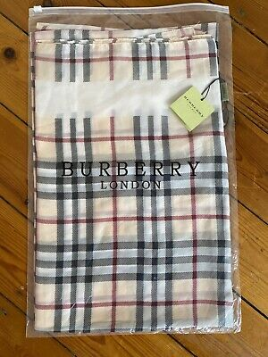 Burberry Cashmere Scarf Shawl Genuine Brand New Tags Unopened