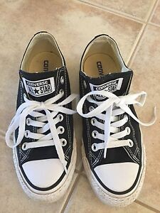 Black Converse Shoes Size 6.5 Women's or 4.5 Mens