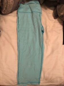 Blue leggings cropped