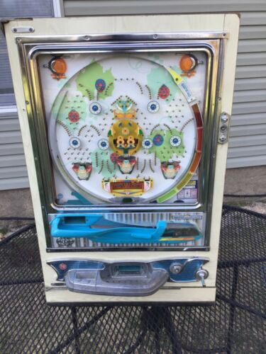 Vintage Sankyo Pachinko Pinball Machine. 70's 'ladybugs' untested.