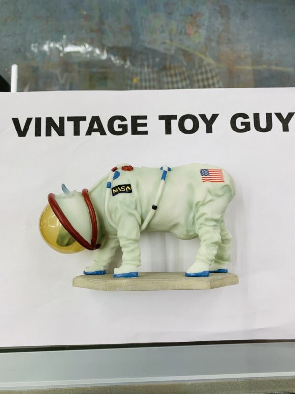 Mooooonwalk 2000 Cow Parade Figurine Space Usa NASA Astronaut Cow #9120