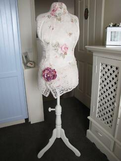 SHABBY CHIC DRESS MAKERS DUMMY