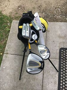 Youth beginners right handed golf clubs